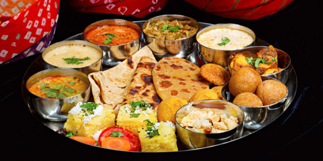 Thaali, an assortment of traditional Indian dishes served in all Rajasthani restaurants in Udaipur