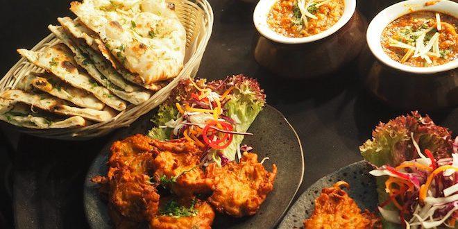 7 Best Street Food in Mumbai, India